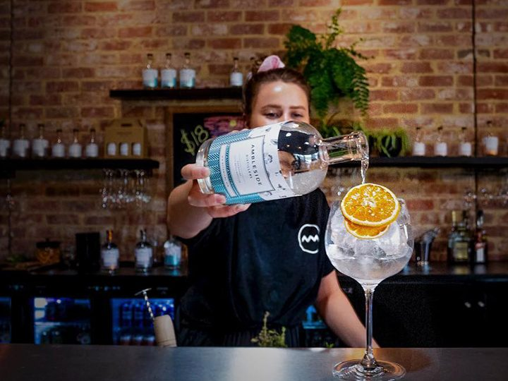 How to Drink No. 8 Botanical Gin